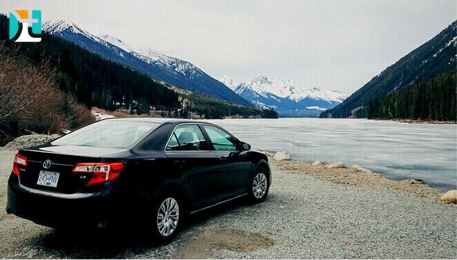 carro nas montanhas no Canadá - Happy Tours